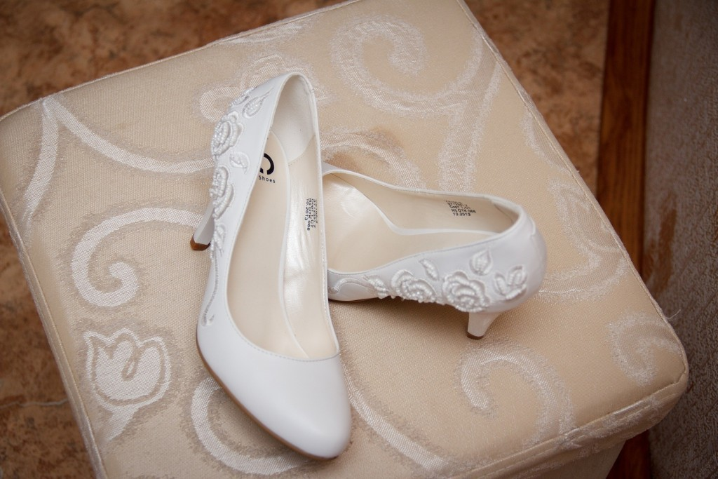 Qué zapatos de novia elegir para una boda - Tienda Vestidos de Novia ...